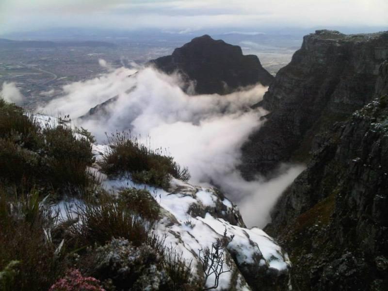 western cape snapshots  table mountain snowfall
